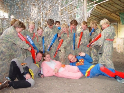 Realistic-Sports-Leisures-kinderfeestje-paintball-indoor-of-outdoor